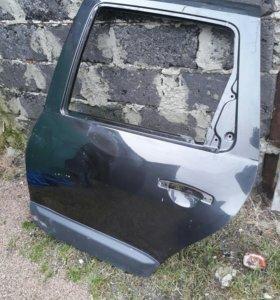 Рено Дастер! Дверь задняя левая передняя правая