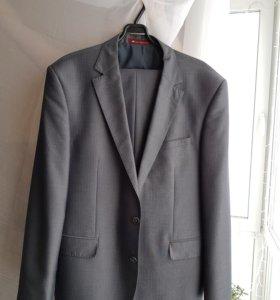 Мужской костюм 52 размер