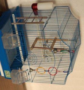 Клетка для птиц ( со всеми удобствами )