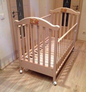 Детская кроватка и комод Erbesi