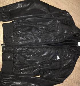 Куртка спортивная Adidas, размер s