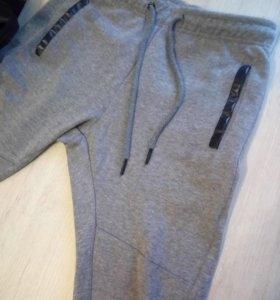 Спортивные штаны CROPP