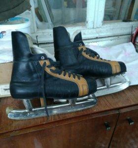 Коньки хоккейные СССР