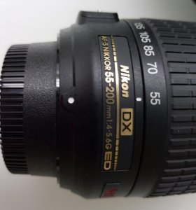 Обьектив Nikon DX AF-S Nikkor 55-200 Торг СРОЧНО