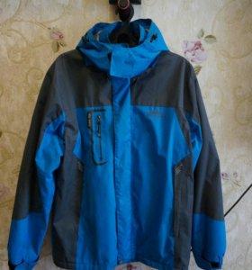 Куртку непромокаемую