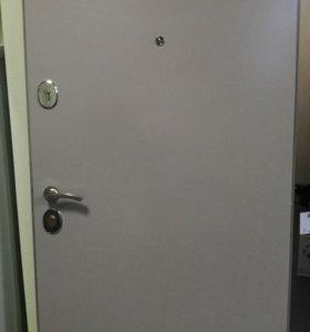 Входная дверь стальная с коробкой бу. Самовывоз