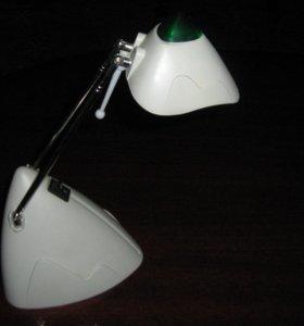 натольная лампа