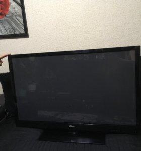 Плазменный телевизор LG 42 (106)см