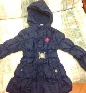 Курточка на девочку 4-5 лет