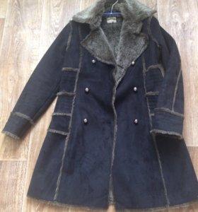 Дубленка-пальто новое!