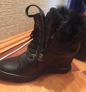 Сникерсы зимние женские кожаные 39 размер