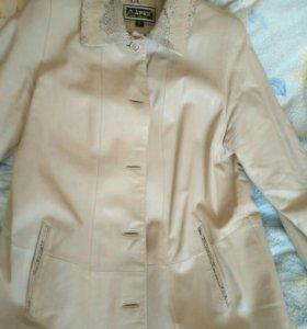 Куртка кожаная р. 54