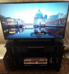 Телевизор LG UHD TV 4K с тумбой