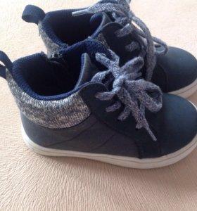 Ботинки, кроссовки Carter's