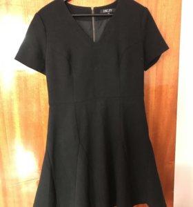 Платье 👗 приталенное черное