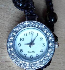 Часы Женские Наручные Quartz на плетенке