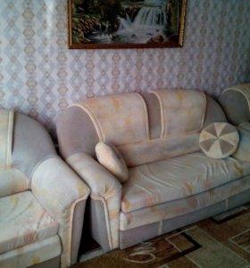 Уголок (диван и 2 кресла кровати)