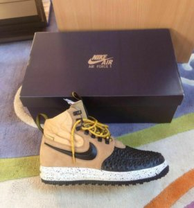 Nike кроссовки оригинал  45,46,47размер