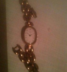 Часики женские