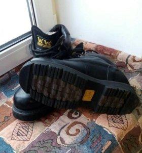Ботинки зима 42р.