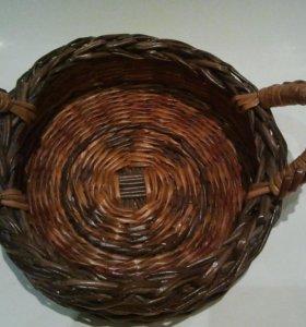 Плетеная корзинка, поднос, хлебница, фруктовица