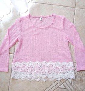Укорочённая блузка с кружевом
