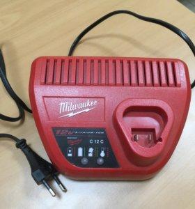 Заряд.устрой-во для Инструментов Milwaukee 12V.