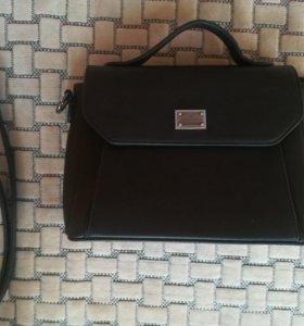 Стильная сумочка для леди