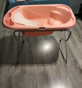 Ванночка для купания с подставкой «CAM» Италия