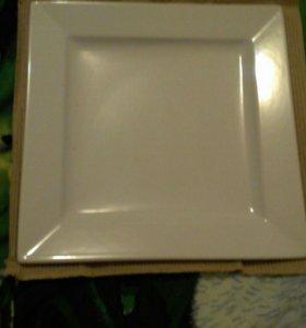 Тарелки новые  квадратные фарфоравые 250×250