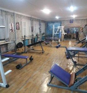 Тренажерный зал. Фитнес