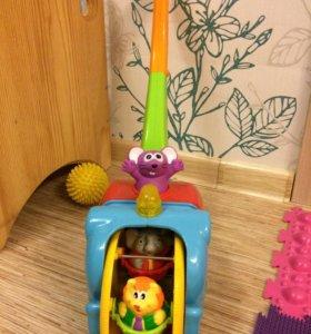 "KIDDIELAND каталка с ручкой ""Слон-циркач"""