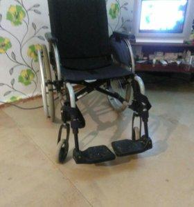 Коляска инвалидная новая в коробке(улично-комнатна