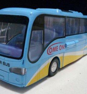 Модель автобуса - робота