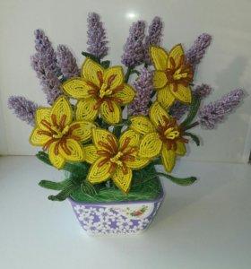 Цветы из бисера. Ручная работа