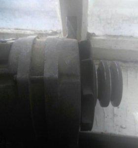 Генератор на 402 двигатель,Газ,УАЗ.