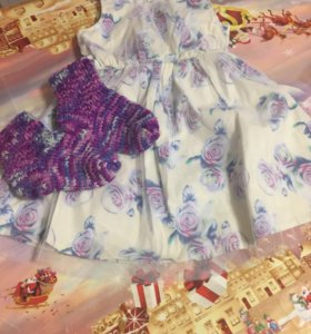 Платье,и носки на 3-4 года