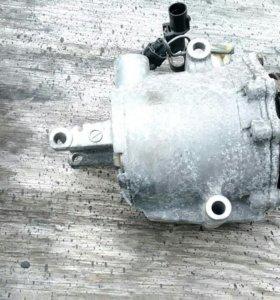 Компрессор кондиционера Mitsubishi Colt 4g15