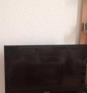 Телевизор Samsung LE37B530P7W