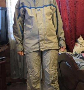 Женский сноубордический костюм