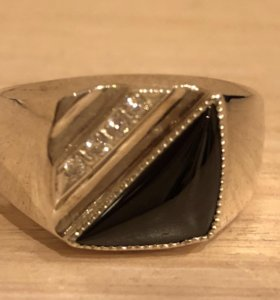 Серебряная печатка новая