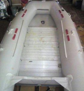 Лодка баджер HD390 с мотором ямаха 30 HMHS