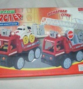 Пожарный набор из 2 машинок- конструктор