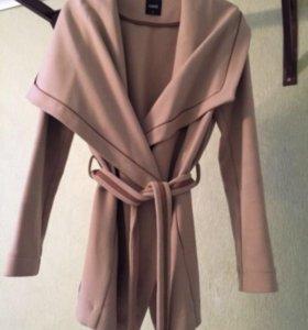 Пальто женское на запах Oasis