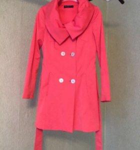 Женское итальянское пальто