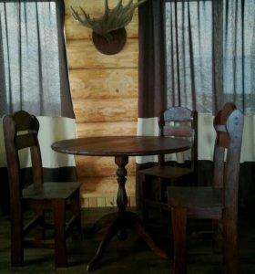 Стулья дубовые и стол