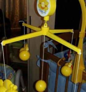 Мобиль над детской кроваткой Пчёлки