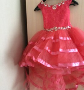 Платье детское .