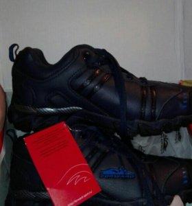 Зимние кроссовки форвард