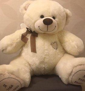 Игрушечный медведь